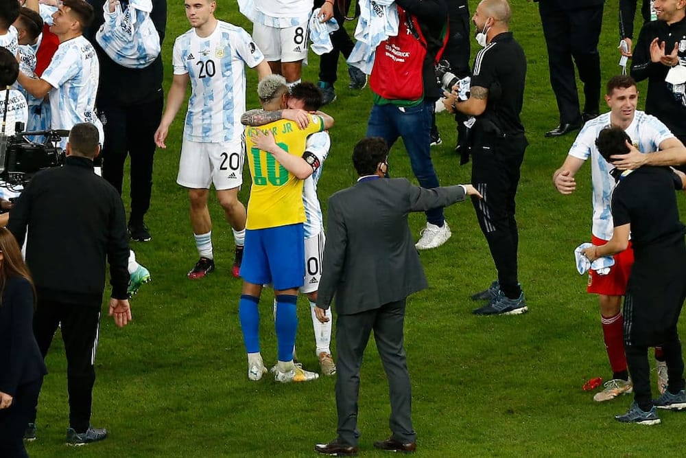 Neymar's emotional tribute to Messi: I hugged the greatest, enjoy your title.