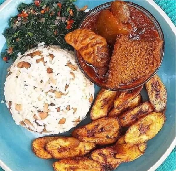 I rejected my breakfast because my wife refused to kneel down for me - Nigerian man