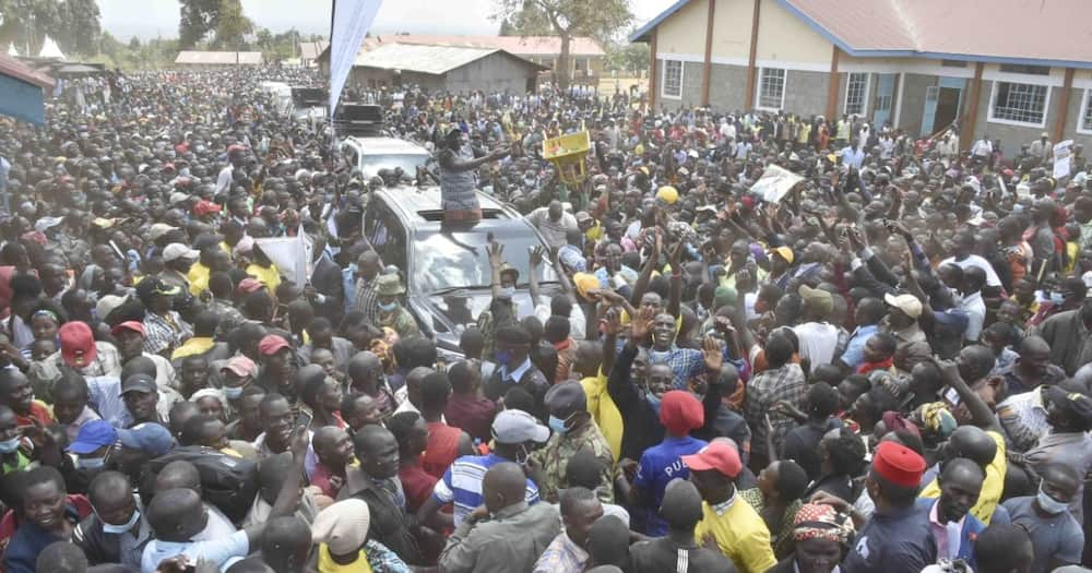 Blessed are the poor: William Ruto quotes Bible as he takes hustlers gospel to Trans Nzoia