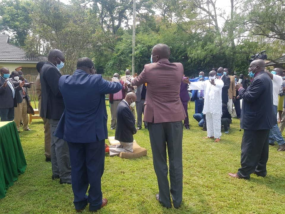 Gideon Moi akutana na viongozi wa Kanu Nandi, aandaliwa maombi