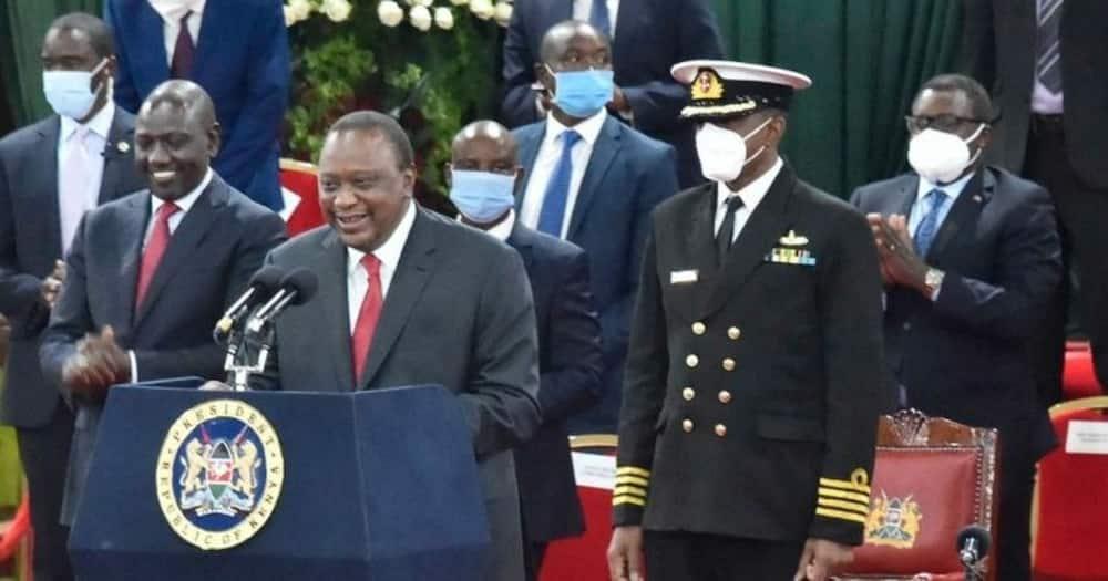 Bomas: Alichosema Ruto baada ya kumuendea Rais Uhuru kwenye jukwaa