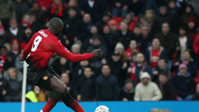 Top Italian club offer Man United massive €70m deal for Romelu Lukaku