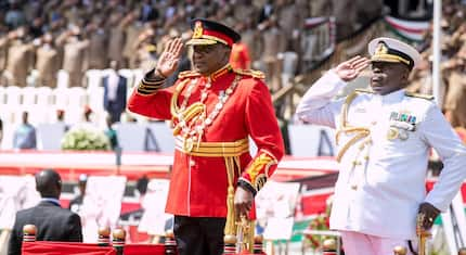 Uhuru leaves dignitaries in laughter after giving military salute to First Lady Margret Kenyatta