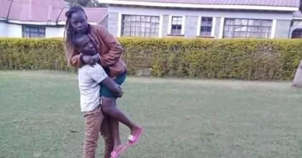 "Kenyan man shares beautiful photos with lover one year after dating: ""Alikuja kuomba chumvi"""