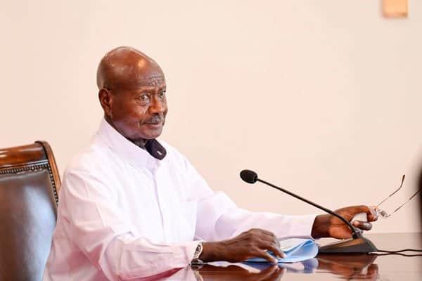 Waliowacha Chanjo ya Covid-19 Kuharibika Kufutwa Kazi na Museveni