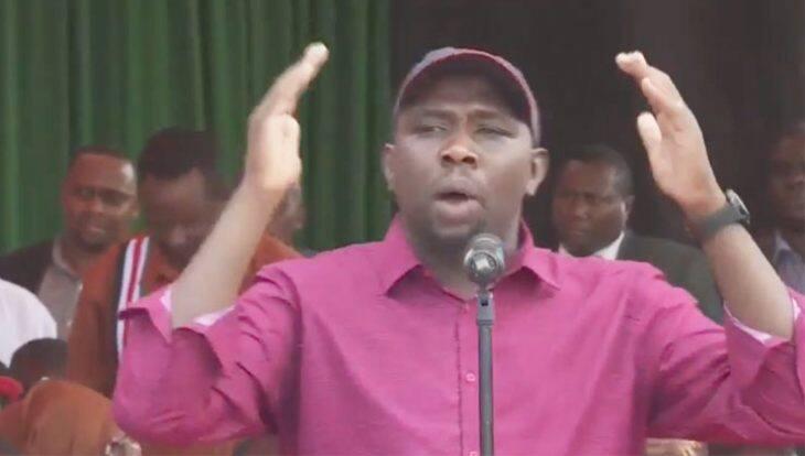 Seneta Murkomen apuzilia mbali hotuba ya Uhuru ya Mashujaa Dei