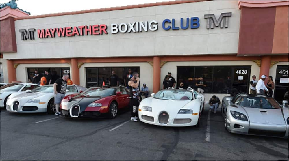 Floyd Mayweather shows off his highly expensive car collection worth N10bn