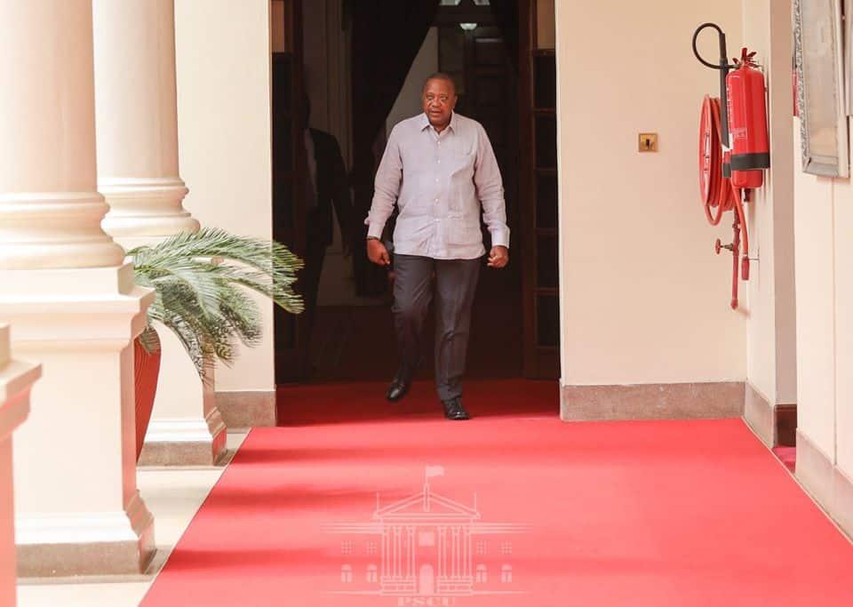 Wacheni kubabaika, Rais Uhuru awaambia mawaziri baada ya kuwatuma likizo