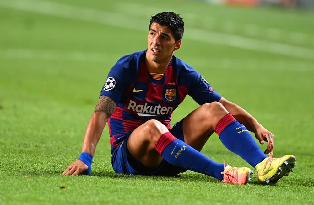 Luis Suarez accused of cheating while taking Italian citizenship test last week