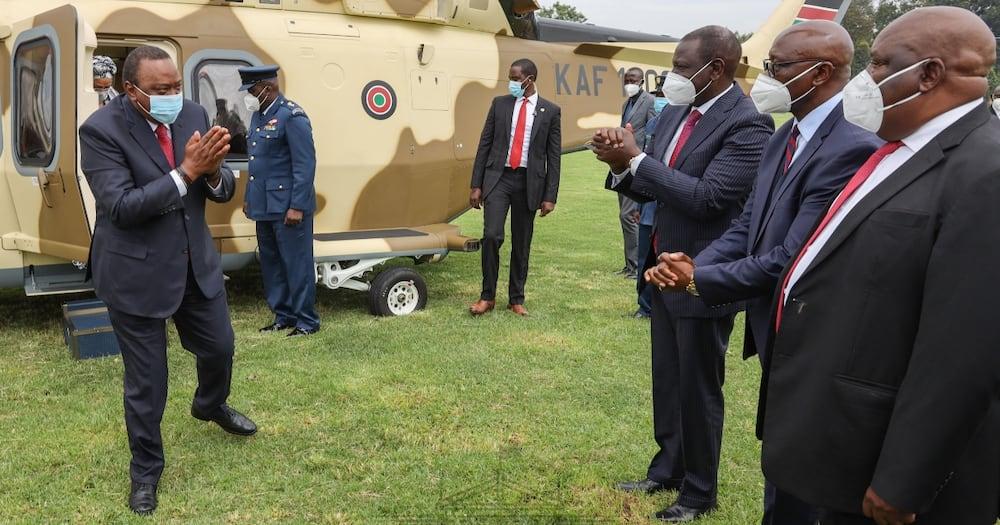 Mashujaa Day: Uhuru, Ruto wavalia kama mapacha