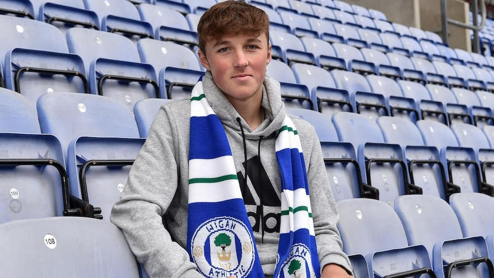 Alfie Devine: Tottenham complete signing of promising 15-year-old midfielder