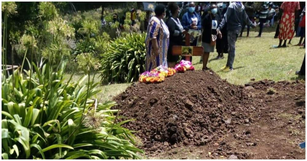 The deceased was interred at his home on Saturday, April 3. Photo: Digital Farmers Group.