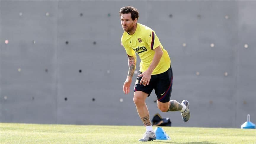 Lionel Messi becomes football's second billionaire after Cristiano