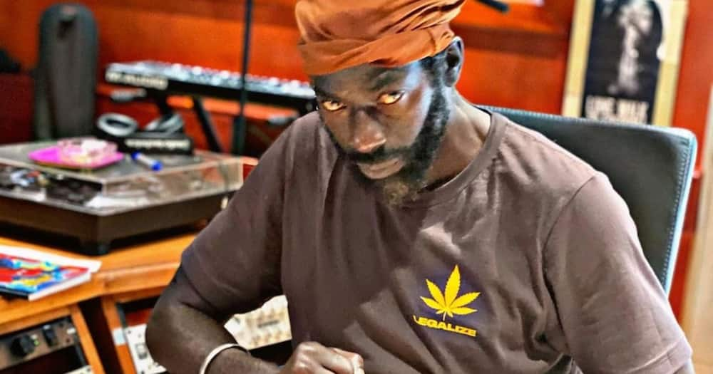 Buju Banton's daughter Abihail Myrie reported missing, she denies reports and levels accusations.