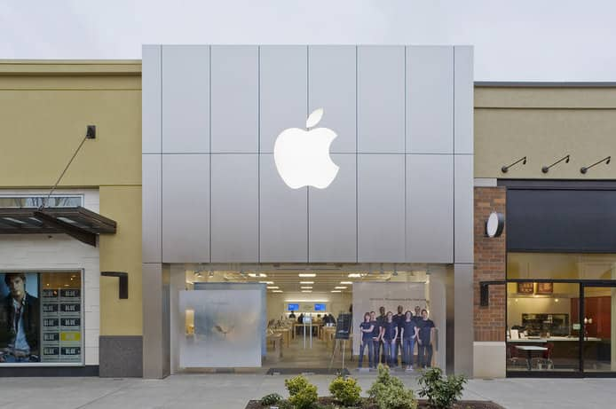 Looters who stole iPhones from Apple stores won't be able to use them