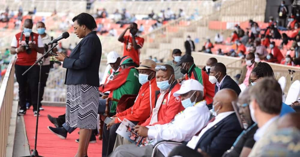 Mixed reactions after CS Margaret Kobia represents Uhuru in event attended by Ruto