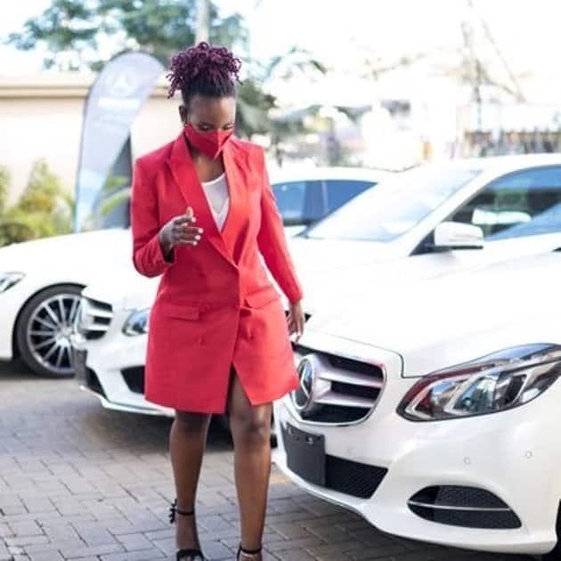 "Kenyan lady advices women to stop waiting for struggling men: ""Date rich men"""