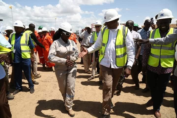 Uasin Gishu: Binti awajengea wazazi wake nyumba ya kifahari baada ya kupitia mateso