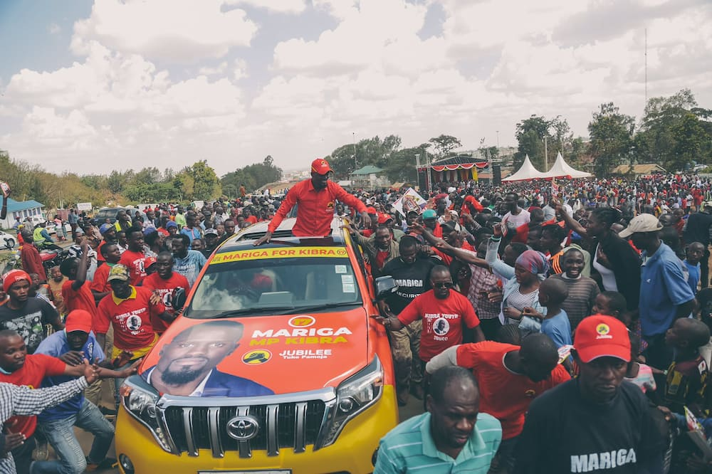 In his manifesto, former footballer McDonald Mariga promised Kibra residents to champion for the legalisation of the plant