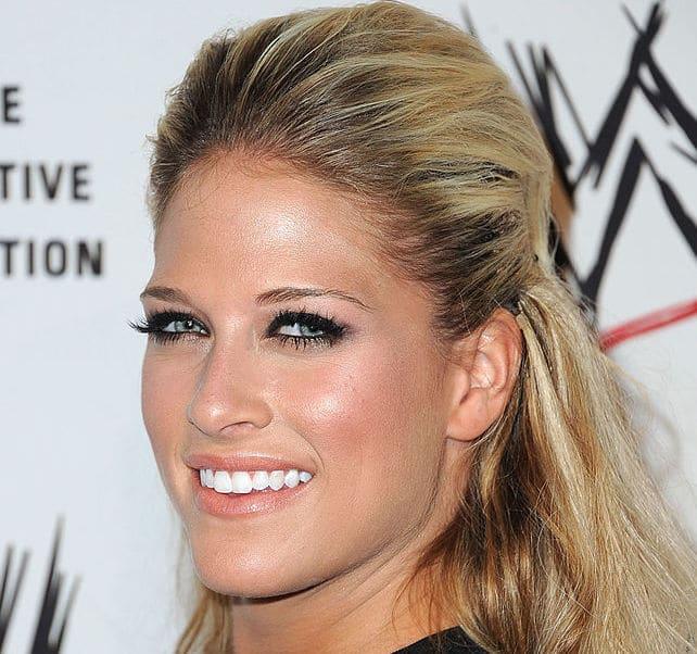 hottest female wrestlers