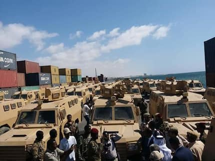 Qatar donates 68 armored vehicles to Somalia as government promises to fight terrorism with Kenya