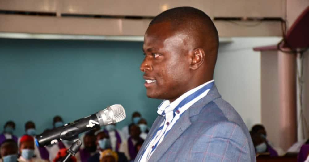 Uhuru is Running Jubilee Like a Family Kiosk, Shares Party Money with Relatives, Ndindi Nyoro