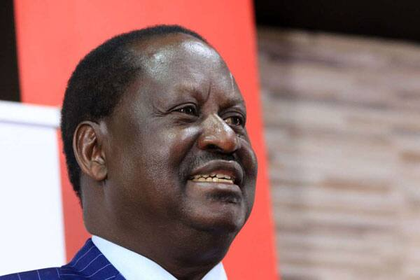 Raila Odinga amsaka kijana wa kidato cha 3 aliyemuokoa kutoka kwa makucha ya serikali