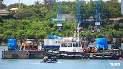 Kenya Navy divers retrieve body of man whose car plunged into Indian Ocean