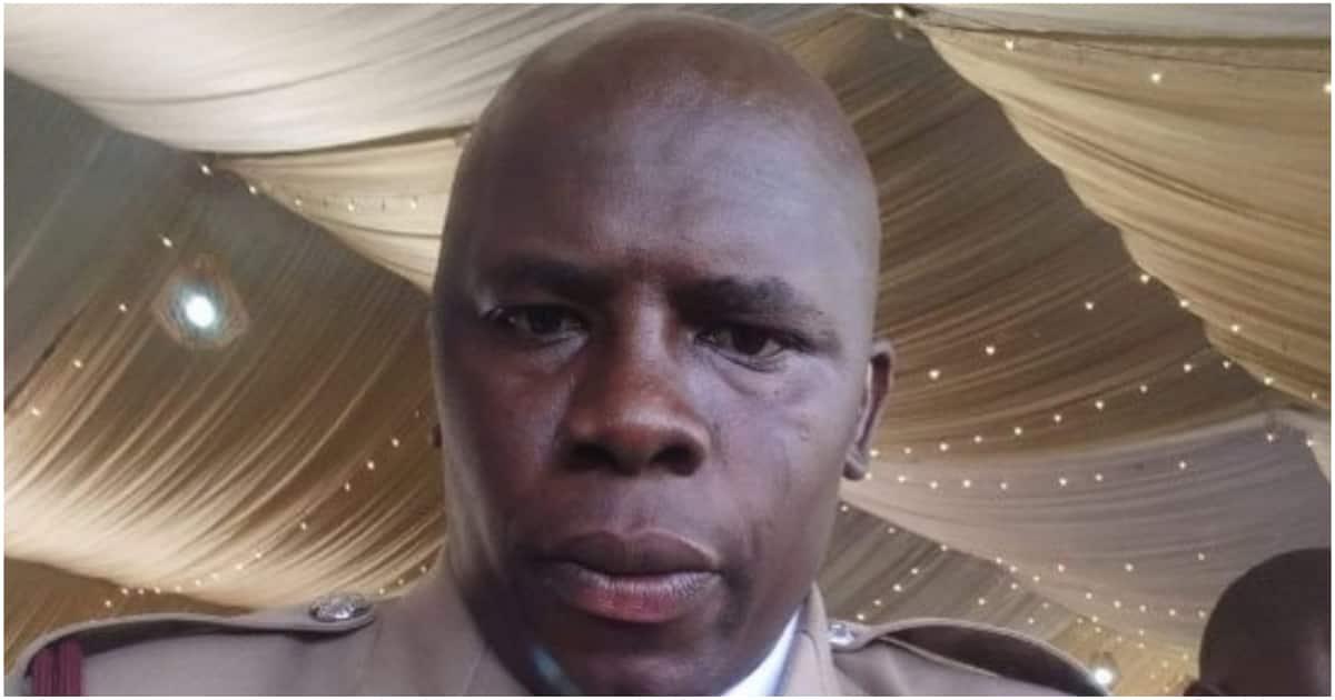Uhuru amtuza afisa wa polisi aliyewakabili majambazi 2 na kutwaa KSh 400,000
