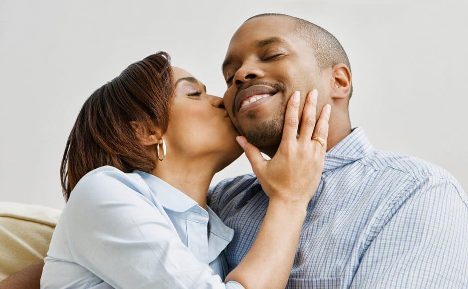 How to kiss a guy you like