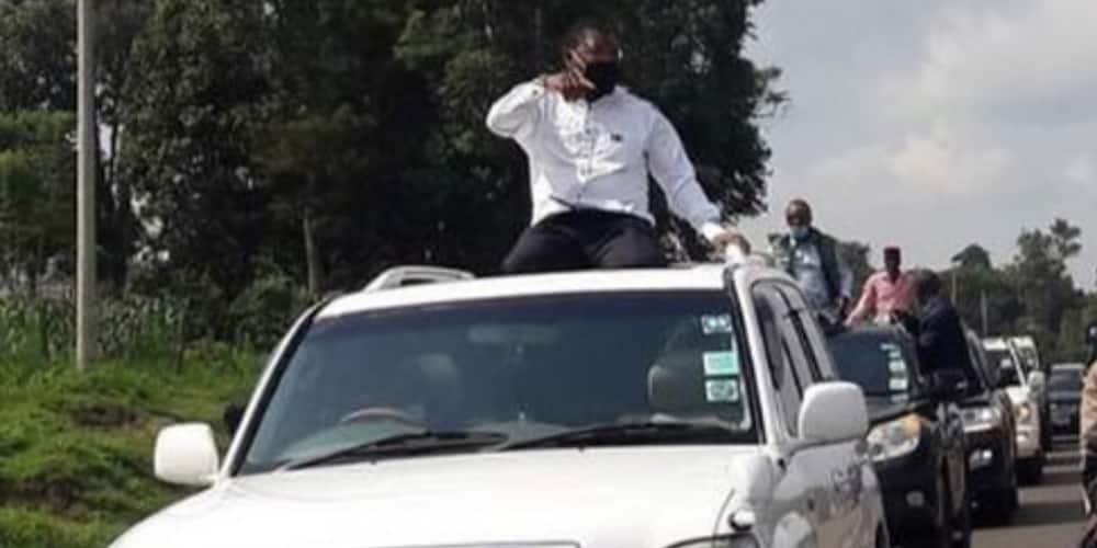 Seneta Moses Wetang'ula akabiliana na polisi akijaribu kuandaa mkutano