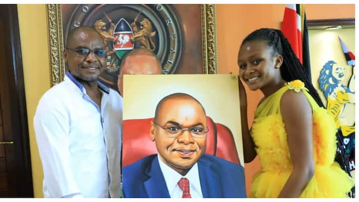 Sheila Sheldone: Governor Kingi Excited to Receive Perfect Oil Painted Portrait from 12-Year-Old Artist