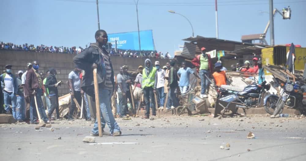 Vijana walioimba nyimbo kusifu DP wajaribu kutibua mkutano wa Raila