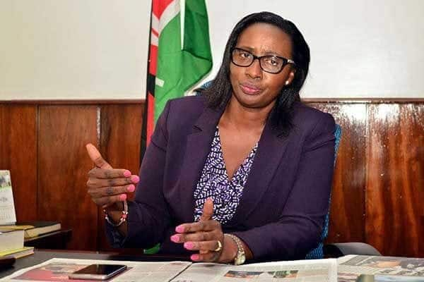 GSU officers disperse Nairobi MCAs who stormed Speaker Elachi's office to eject her