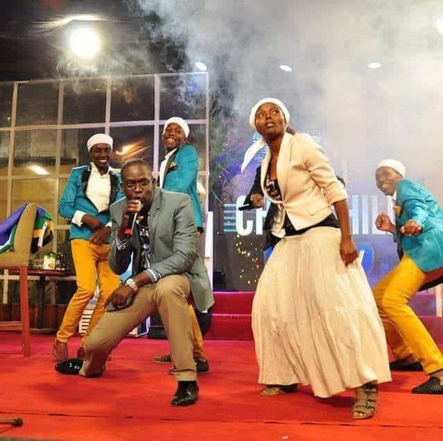 Video: Wakenya wampigia saluti binti Mkorino aliyesaka densi katika harusi yake
