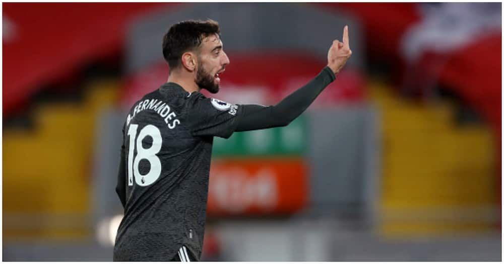 Solskjaer defends decision to sub off Bruno Fernandes during Anfield stalemate