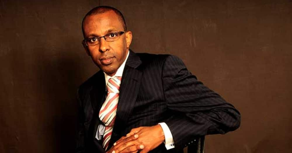 Lawyer Ahmednasir offers David Ndii with books to strengthen case opposing BBI Constitution amendment