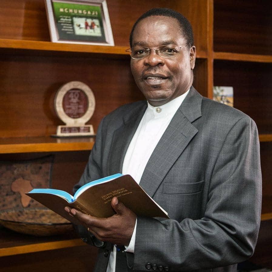 BBI launch: Bishop Oginde predicts William Ruto, Raila Odinga will be in one camp in 2022