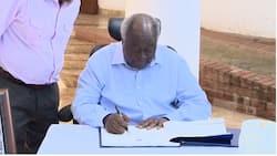 Hatimaye Mwai Kibaki atuma salamu za rambirambi kwa hayati Mzee Moi