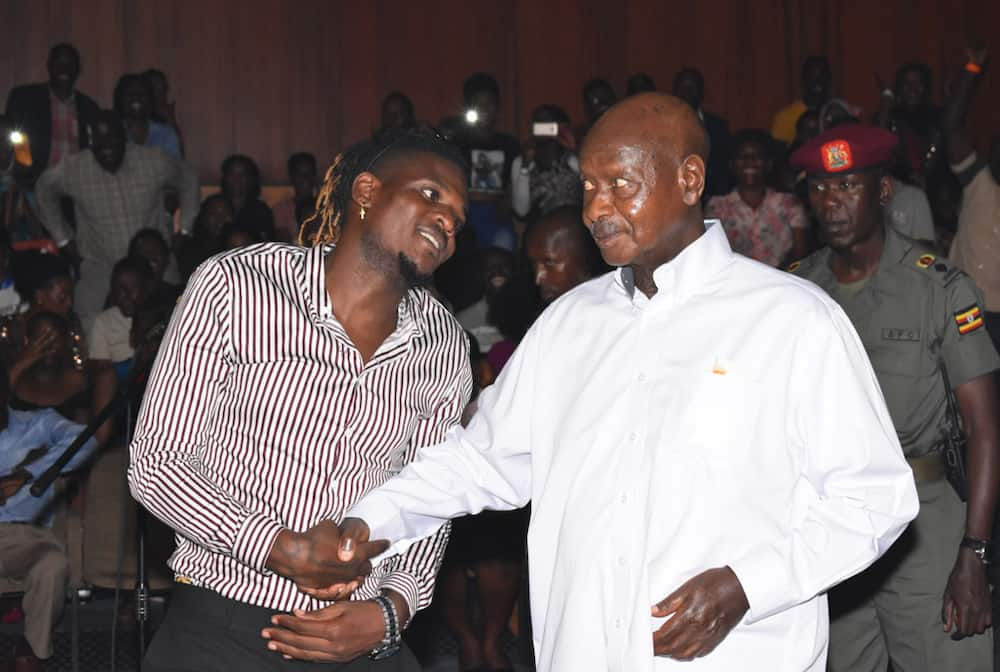 President Museveni gives two musicians 30 cows each for being loyal to him