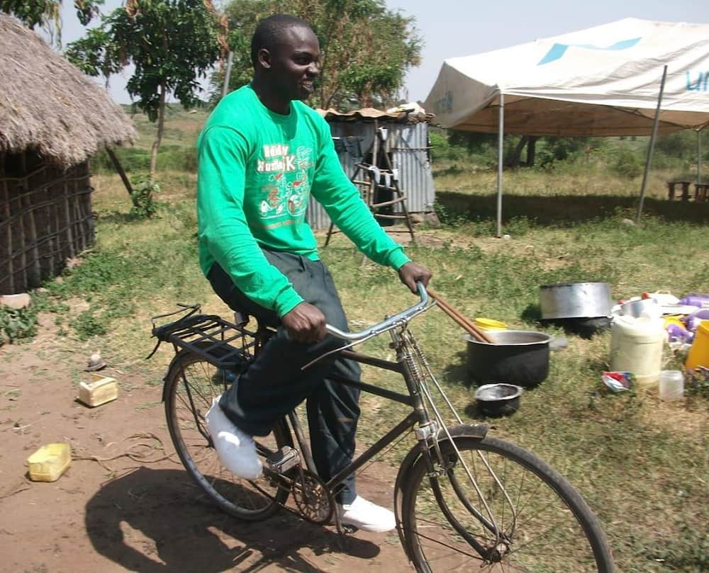 Omollo nimetoka Bondo: Khaligraph Jones talks of strained relationship with relatives in village