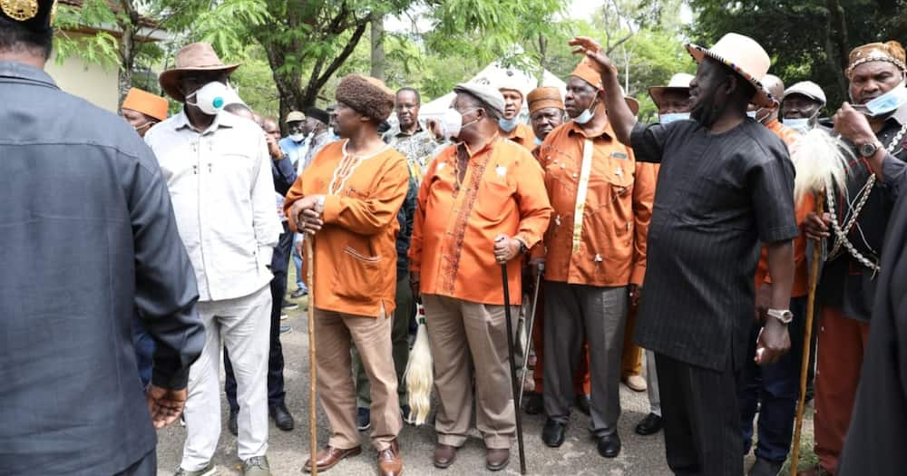 Mixed reactions as Mutahi Ngunyi says Kikuyus will first pay Raila's debt in 2022, Ruto's in 2032