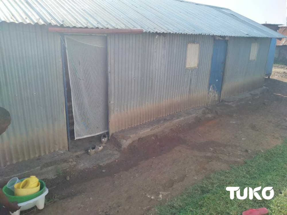 Well wisher rescues Homa Bay tenant evicted by landlord for demanding payment of Ksh 60 debt