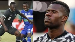 Nigerian Footballer Jokingly Confronts Teammate Who Claims to Be 22 but Doesn't Look His Age