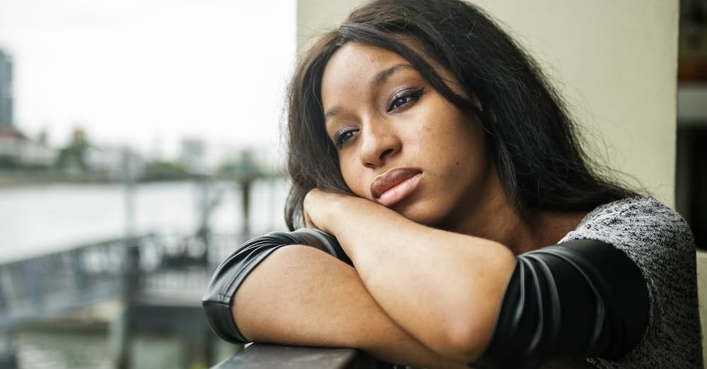 Lady discovers bae of 5 years is celebrating 7 years with someone else