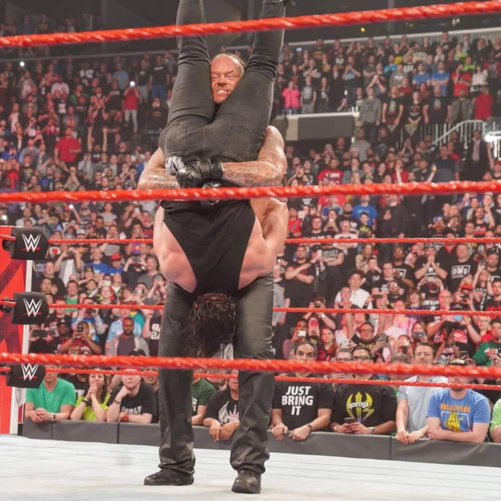 Nguli wa WWE, The Undertaker astaafu baada ya karne tatu uwanjani