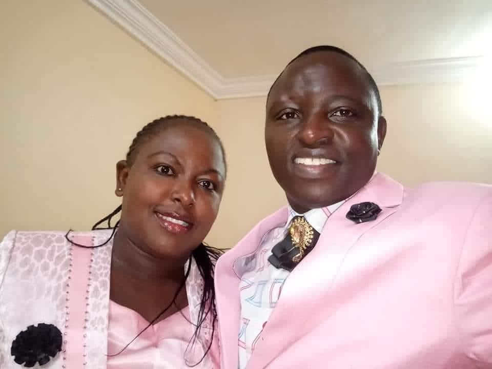 Picha tamu za mhubiri wa Kisii aliyefoka Facebook kwa kunyimwa asali ya ndoa na mkewe
