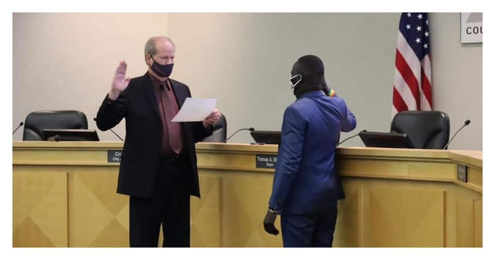 Oballa Oballa: Refugee from Dadaab sworn in as council member in the US