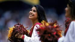 NFL cheerleader salary: How much do they get paid yearly?