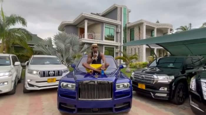 Diamond Platnumz Denies Claims His New Rolls Royce Broke Down